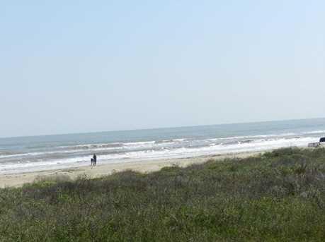 4048 Biscayne Beach Rd - Photo 2