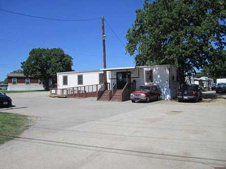 2416 N Highway 175 - Photo 4