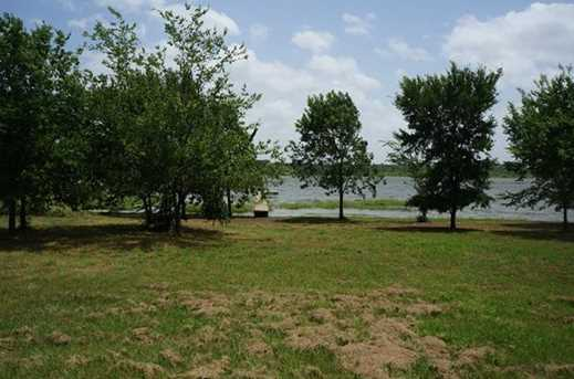 2864  Waters Edge - Photo 8