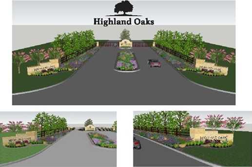 4028  Highland Oaks Lane - Photo 2