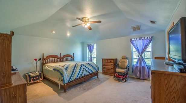 906  Lazy Bend Road - Photo 32