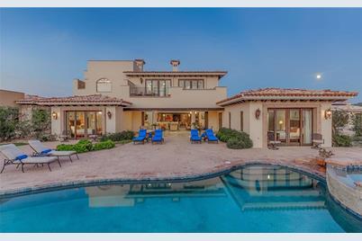 19  Villa Del Rey - Photo 1