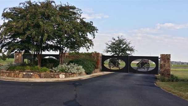 376  County Road 3907 - Photo 12