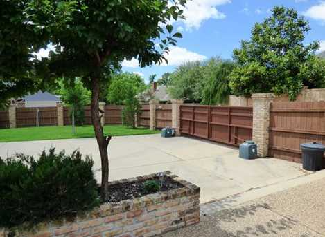 301 Greenhill Park Ave - Photo 24