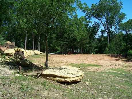 404  Hacienda Drive - Photo 2