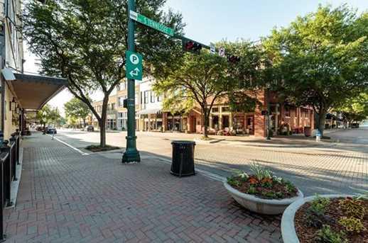 215 E Louisiana Street - Photo 14