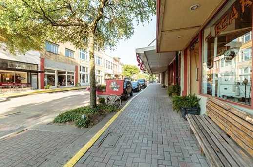 215 E Louisiana Street - Photo 8