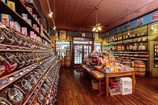 215 E Louisiana Street - Photo 20