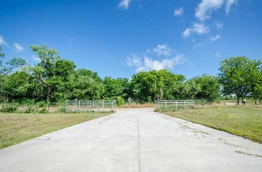14575 SW County Road 2230 - Photo 8
