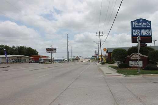 606 W Highway 82 - Photo 14