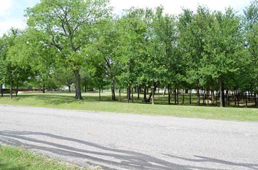 6402  Shoreline Drive - Photo 2