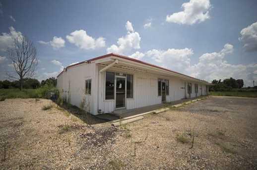 10670 N US Highway 271  N - Photo 4