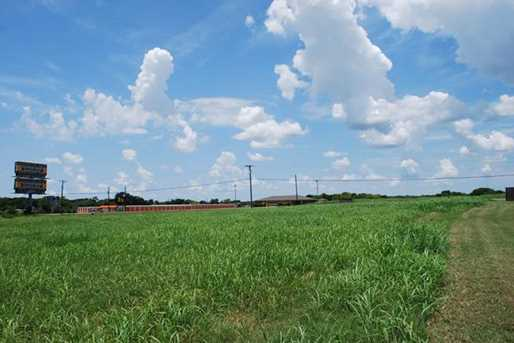 4115 W State Highway 31 - Photo 1