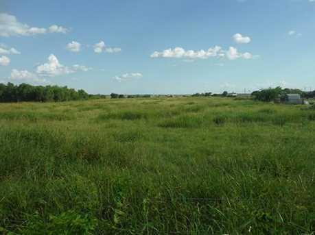 9749 County Road 913 - Photo 4