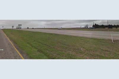 1002 S Interstate 45 - Photo 1