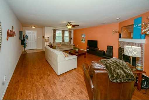 10622  Midway Drive - Photo 4