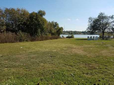 265  Lakeside Drive - Photo 2