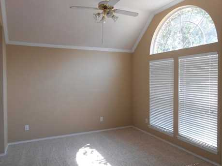3210  Brentwood Drive - Photo 4