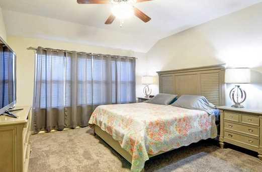 5135  Royal Springs Drive - Photo 14