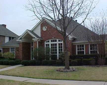 2108  Bluebonnet Dr - Photo 1