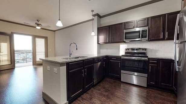 860  Junction Drive  #1202 - Photo 2