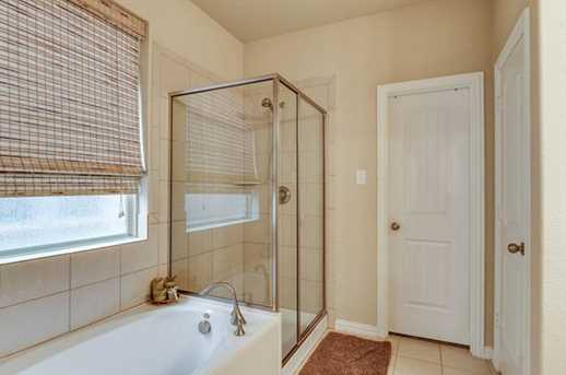 16033  Crosslake Court - Photo 12