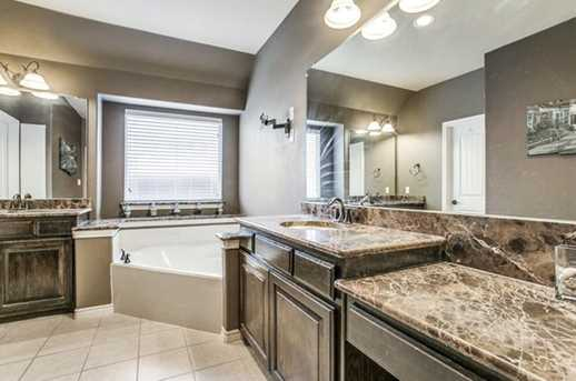 8040  Branch Hollow Trail - Photo 18