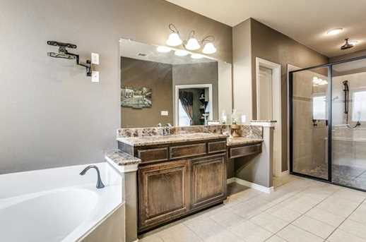 8040  Branch Hollow Trail - Photo 20