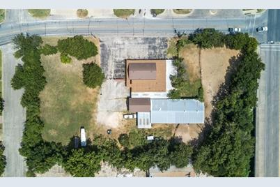105  Country Club Road - Photo 1