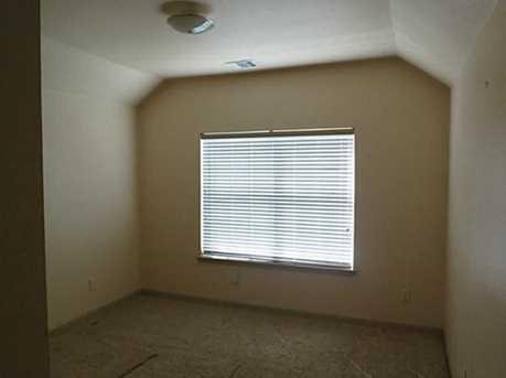 7706  Belcrest Drive - Photo 18