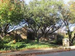 10695  Pagewood Drive - Photo 1