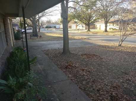 849  Woodcrest Drive - Photo 4
