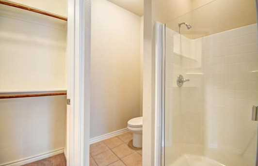 220  Spring Hollow Drive - Photo 14