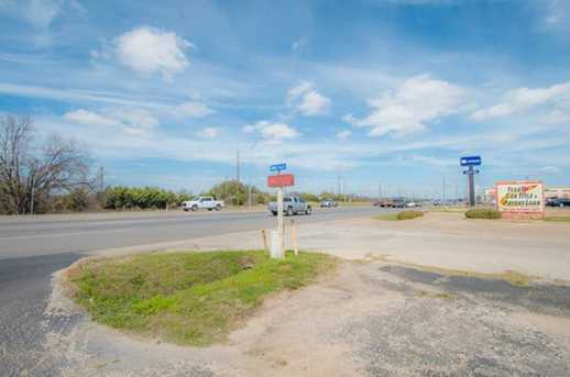 1803 E US Highway 377 - Photo 26