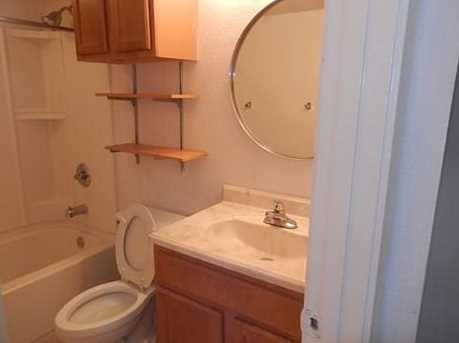 1901 N Fitzhugh Avenue  #20 - Photo 14