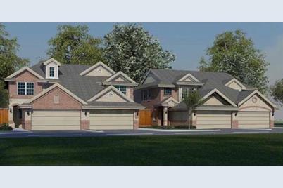 4901  Villas Drive - Photo 1