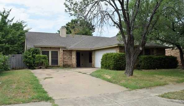3309  Forest Creek Drive - Photo 1