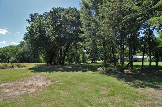 000 Oak Leaf Trail - Photo 4
