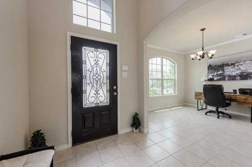 720 Cypress Hill Dr - Photo 4