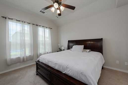 720 Cypress Hill Dr - Photo 18