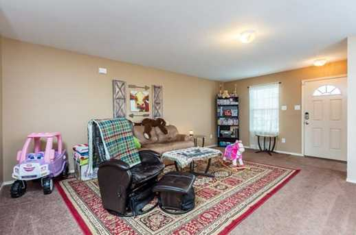 8512 Star Thistle Dr - Photo 4