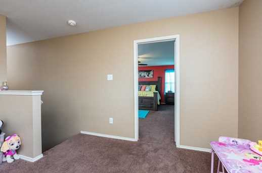8512 Star Thistle Dr - Photo 30