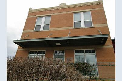 1615 W Oleander Street  #200 - Photo 1