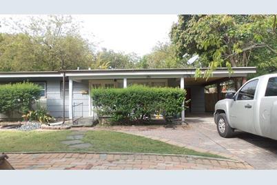 10425  Sylvia Drive - Photo 1