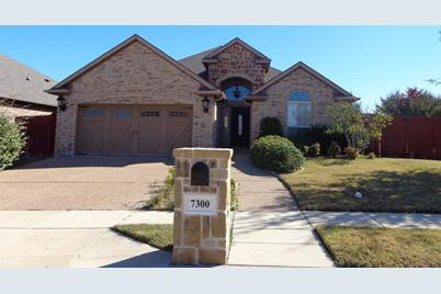 7300  Rocky Ford Road - Photo 1