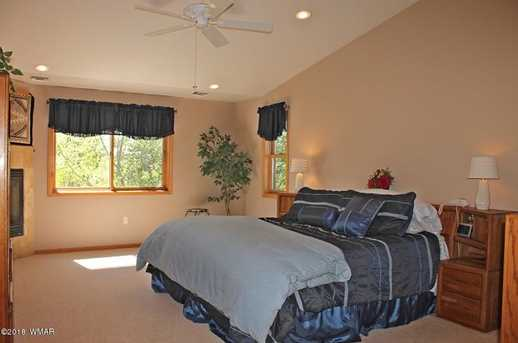 1445 Rainbow View Drive - Photo 38
