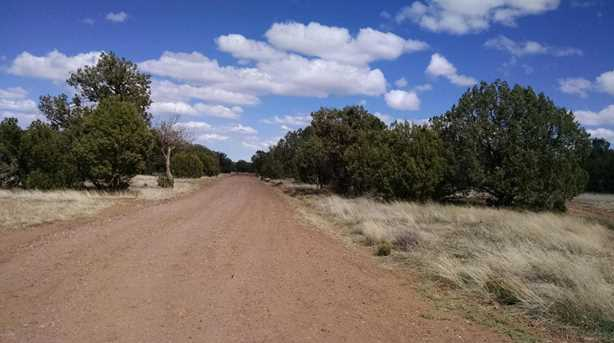 1841 Bull Hollow Road - Photo 4