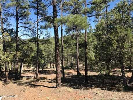 1310 Pine Oaks Dr - Photo 2