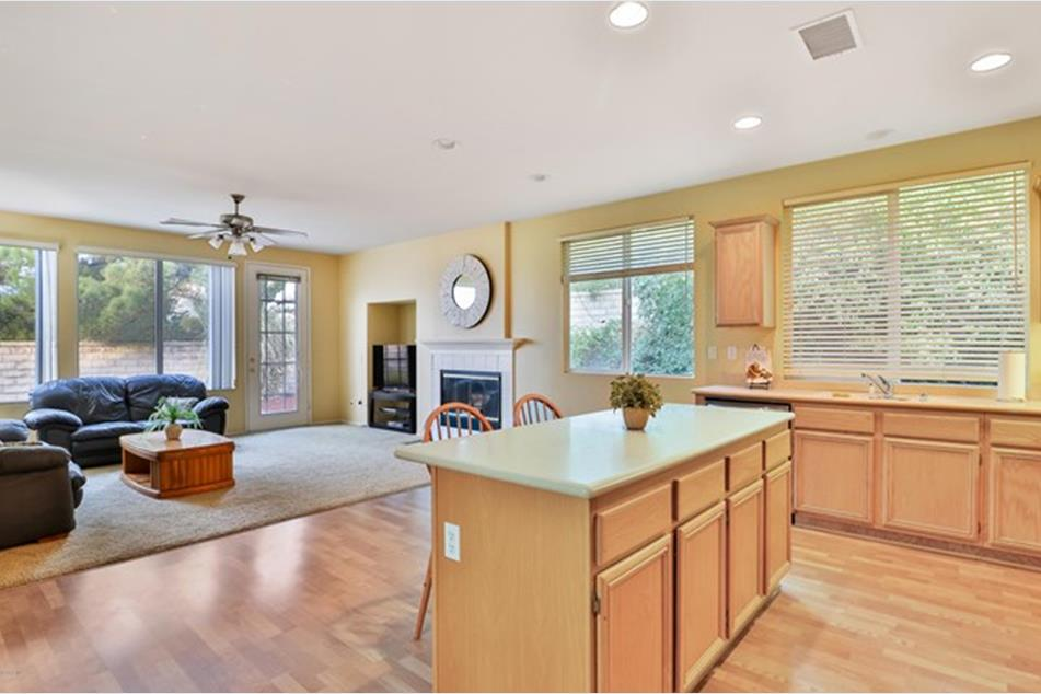 3237 Pine View Dr, Simi Valley, CA 93065 - MLS 220010370 ...