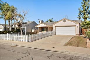 24792 Chippendale Street - Photo 1